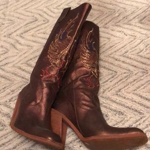 Gianni Bono Bronze embroidered boots